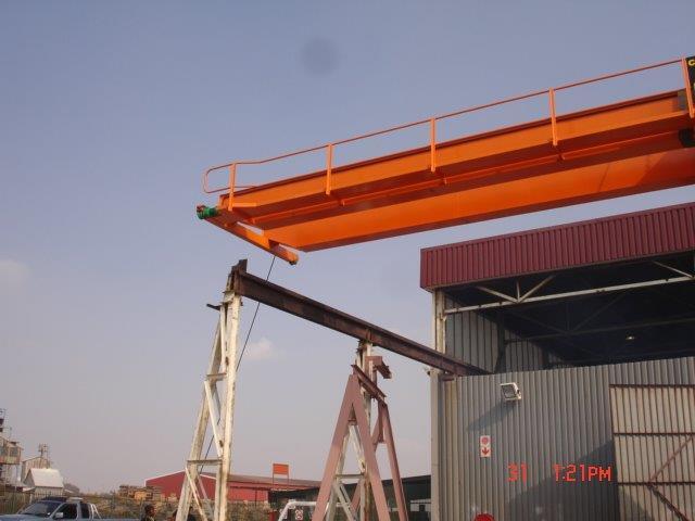 Crane32