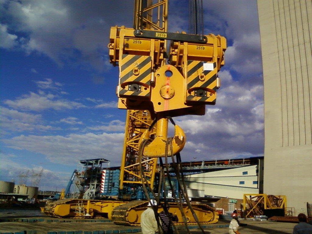 Crane56