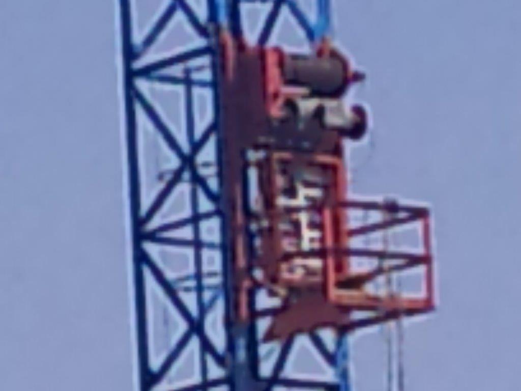 Crane72